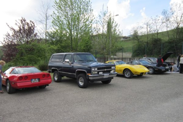 Auto Dello Chevrolet North Owners Club Of Italy Allo Stabilimento Vecchio Varzi